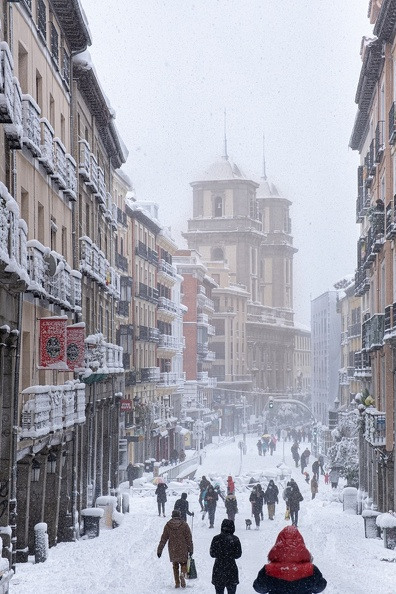 Madrid centro by Joe McUbed  Shutterstock.com.jpg