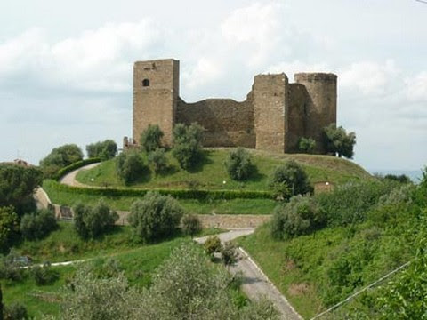 castello_di_scarlino_2_400.jpg
