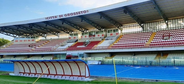 stadio grosseto nuove tribune.JPG